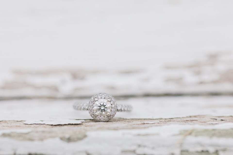 round diamond engagement ring, halo engagement ring