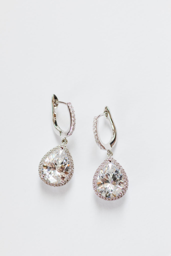 Gifts Ideas for Every Type of Groomsmen and Bridesmaids, bridal party gift ideas, earrings for your bridesmaids