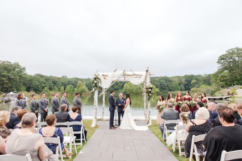 North Jersey outdoor wedding ceremony, rustic outdoor wedding ceremony, Rock Island Lake Club outdoor wedding ceremony, NJ wedding photographer