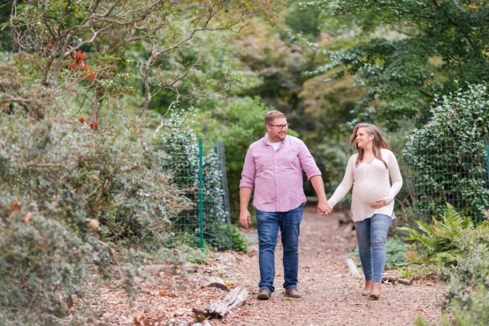Rutgers Gardens maternity photos