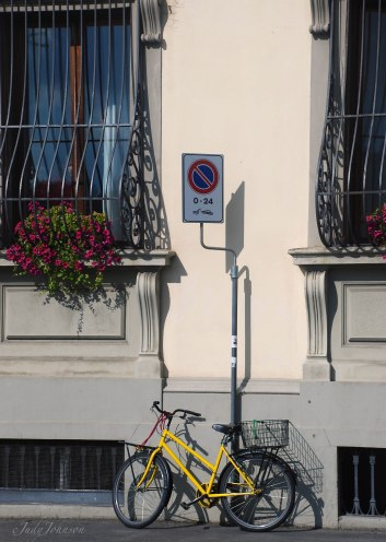 a bike leaning against our hotel..