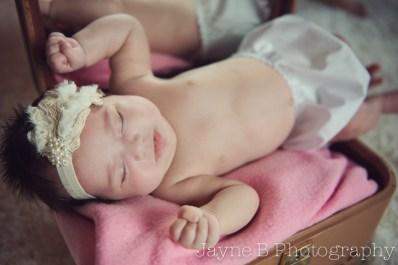 newborn (1 month)