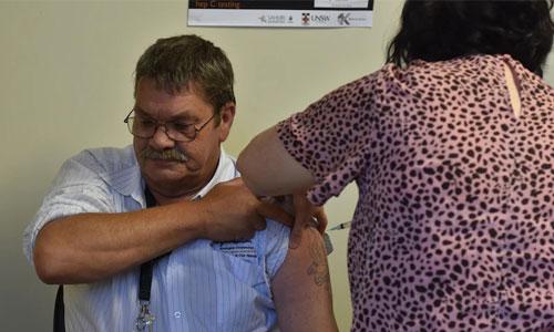 Vaccinations begin at regional South Australia Aboriginal heath service