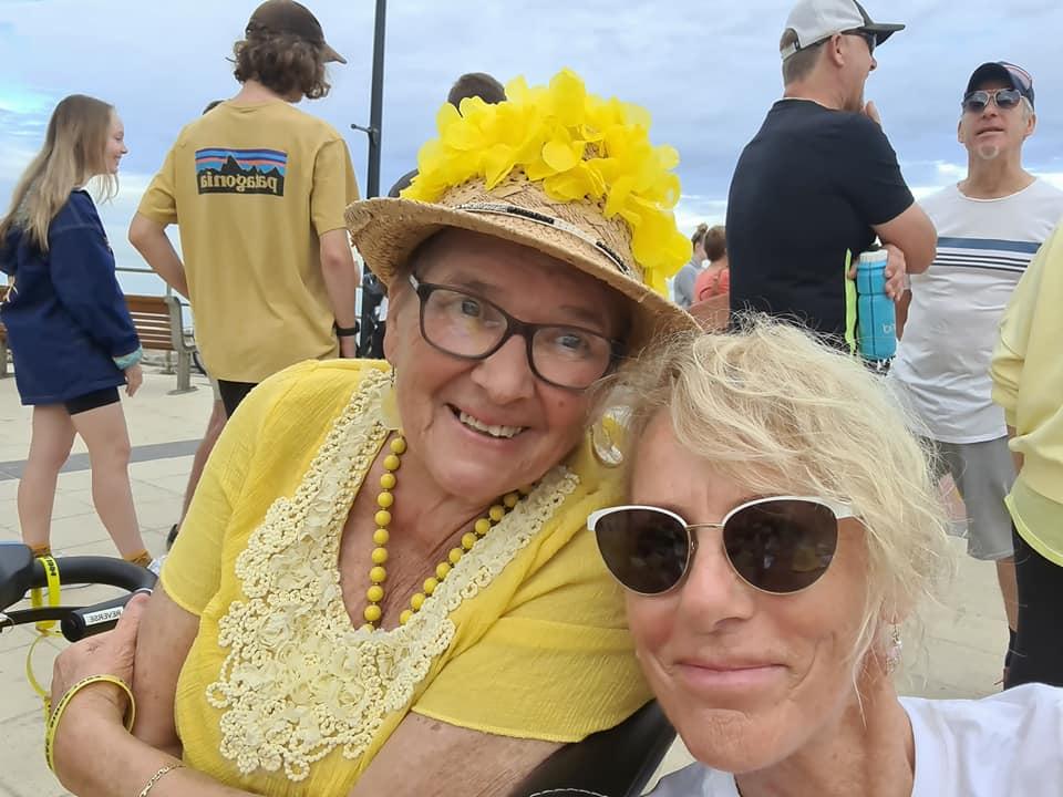 Jaynie Morris Out & About lewmac 2021 judie