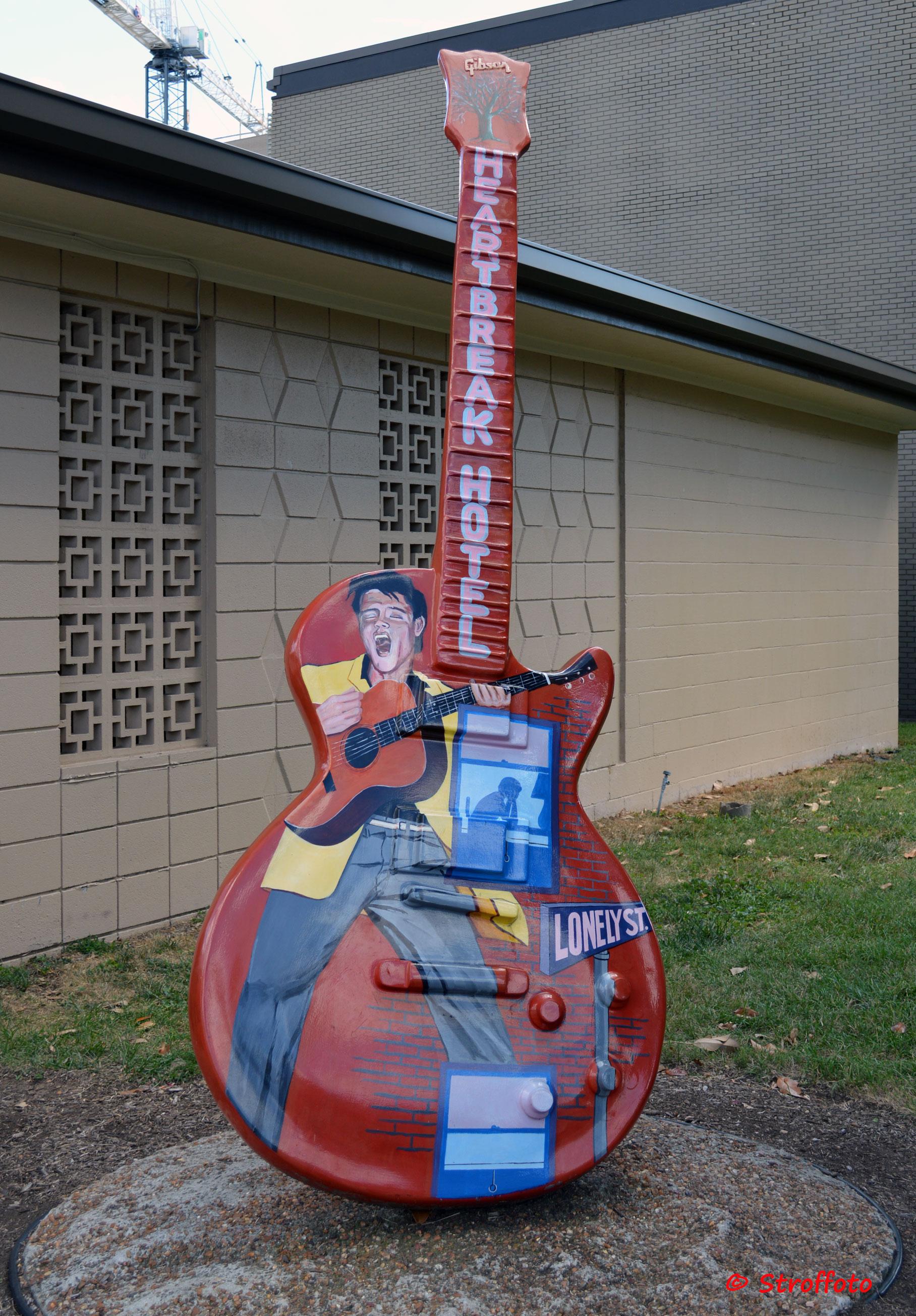 Guitar Statue outside Studio B