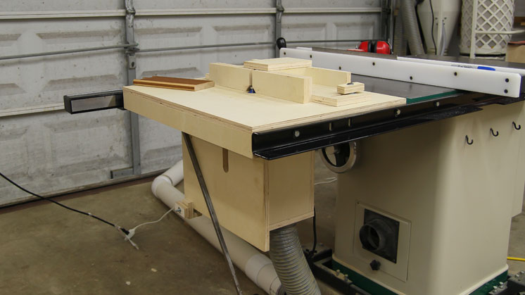 Router Fence Attached To Table Saw Fence