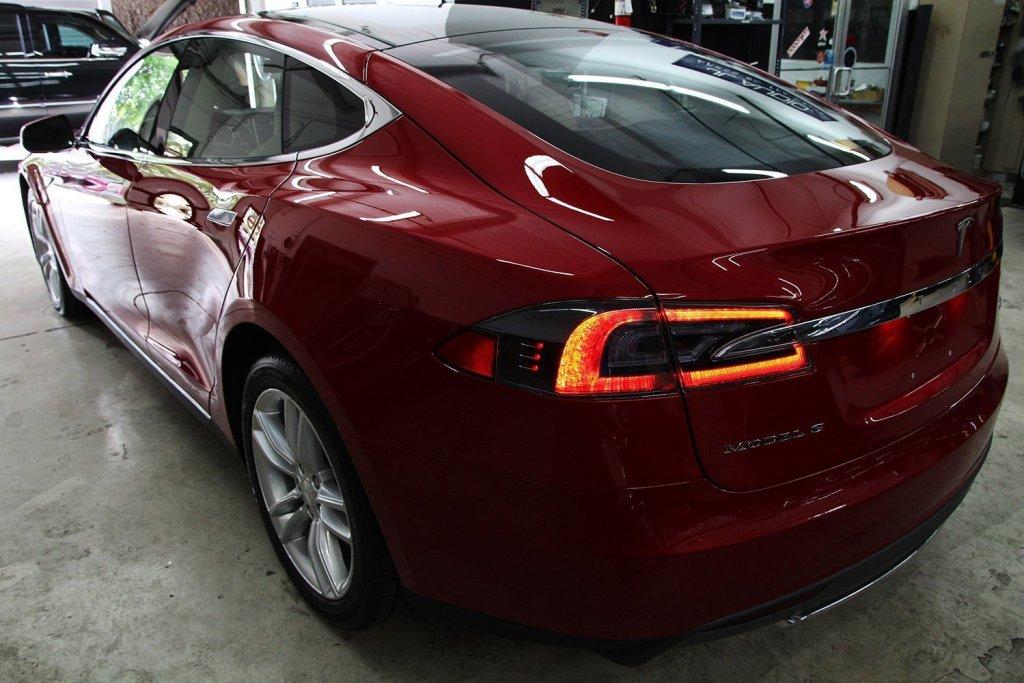 Tesla p85