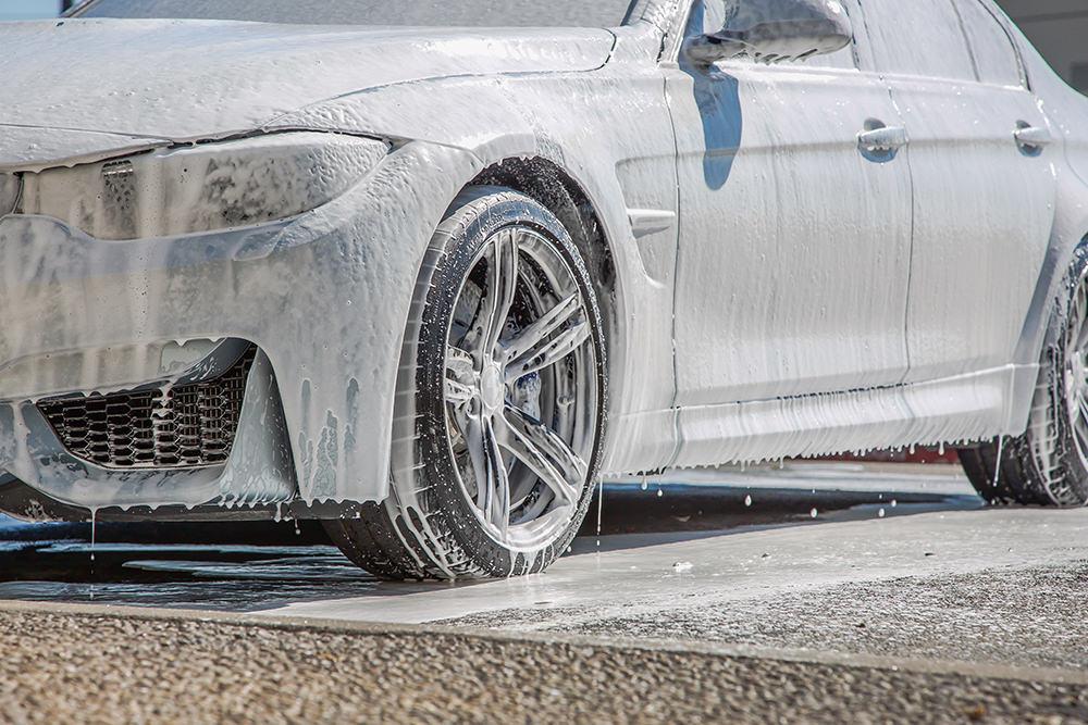 BMW M3 wash