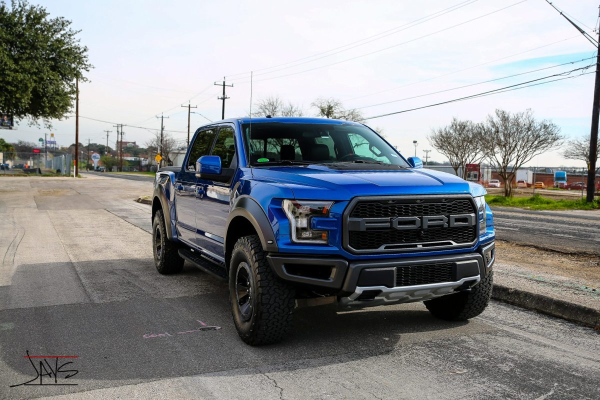 Ford Raptor Gets Paint Corrected and Ceramic Paint Coating - Automotive Ceramic Paint Coating in San Antonio, Texas 5