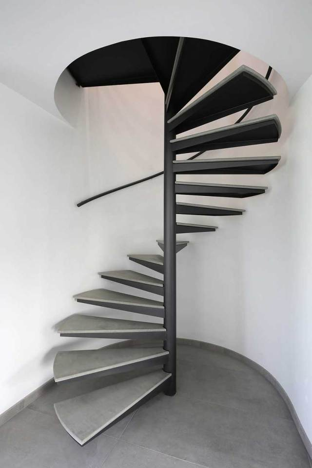Steel outdoor Spiral Staircase