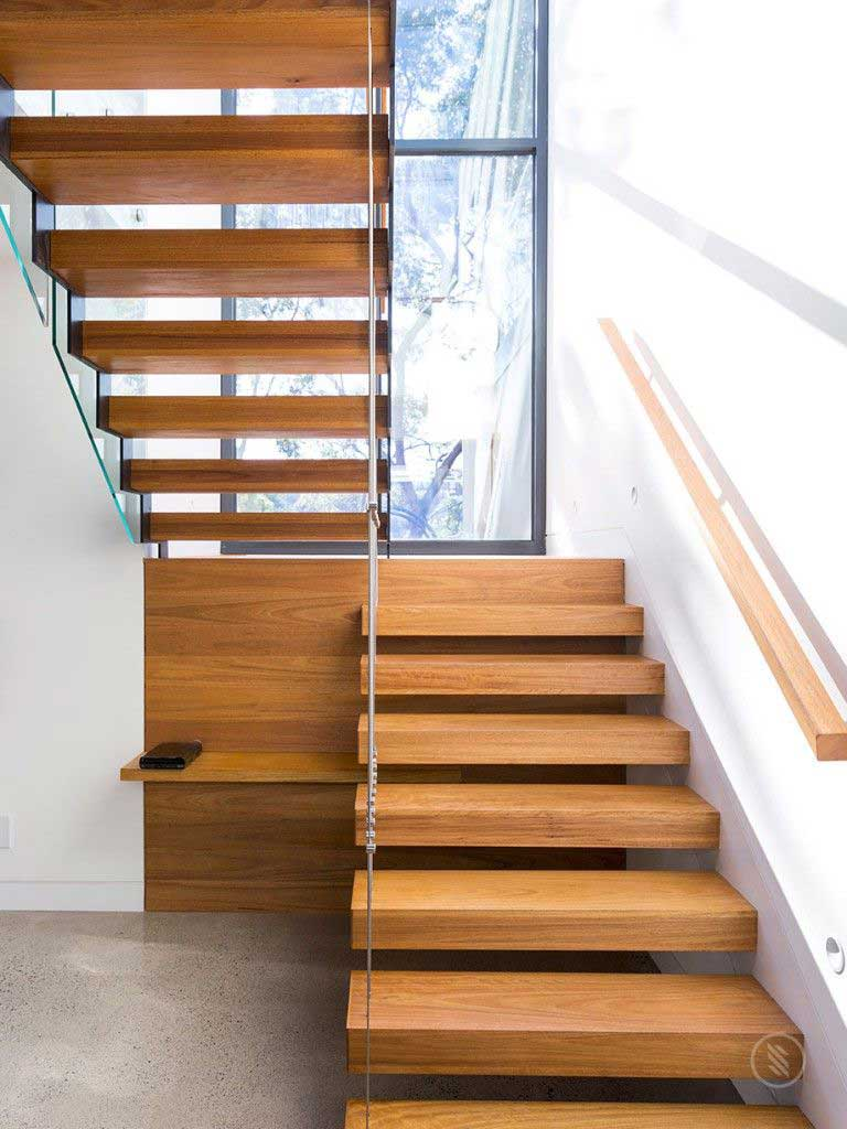 U-shaped Stairs