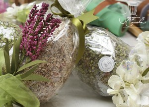 huevos de pascua flores