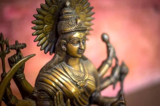 diosa shri lakshimi restaurante Benares madrid