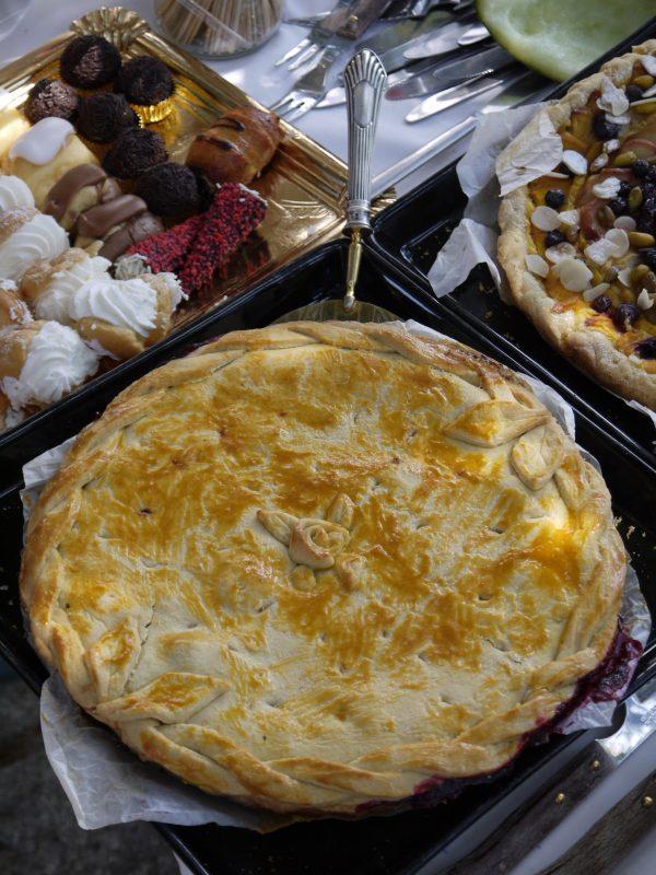 pastel de cerezas, un pastel para festejar o simplemente para disfrutar de la mejor tarta de cerezas