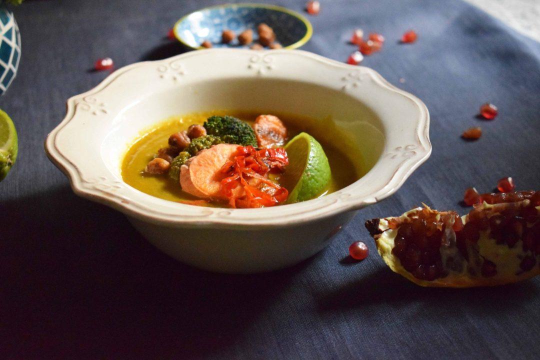 sopa-de-verduras-tailandesa