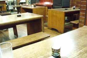 wood kitchen chairs sink drain strainer マッチがないjazz喫茶15