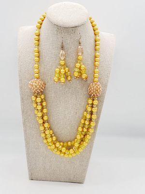 yellow necklace 2