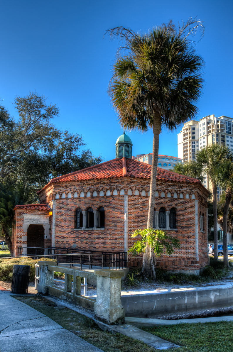 """Restaurant at """"The Pier"""" in St. Pete's. Favorite Places"""