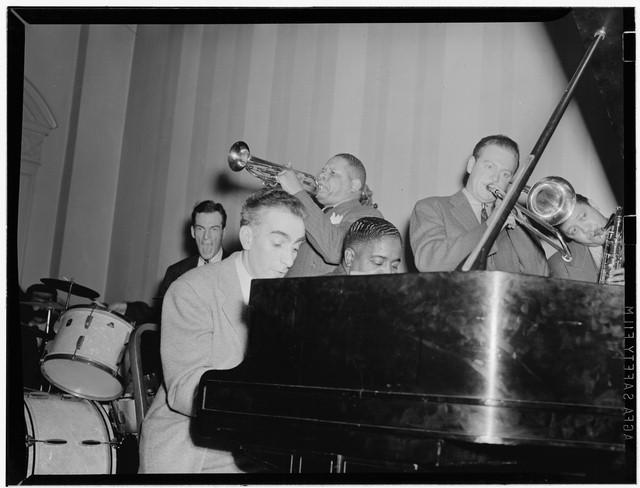 wpg-natl-press-club-1940
