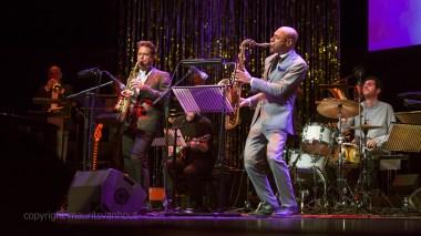 Joshua Redman leverde een uitstekend optreden af met het Nieuw Rotterdam Jazz orchestra