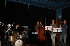 Snesitelná tíže jazzu v podání sedmi statečných