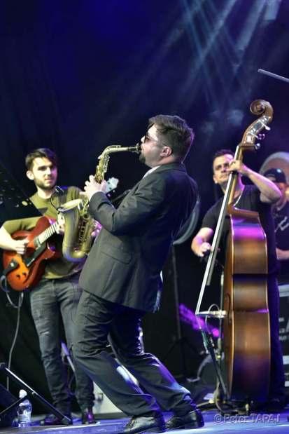 Andreas Varady Quintet