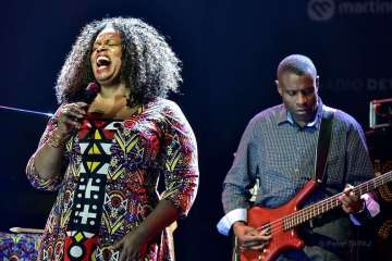 Dianne Reeves & Reginald Veal