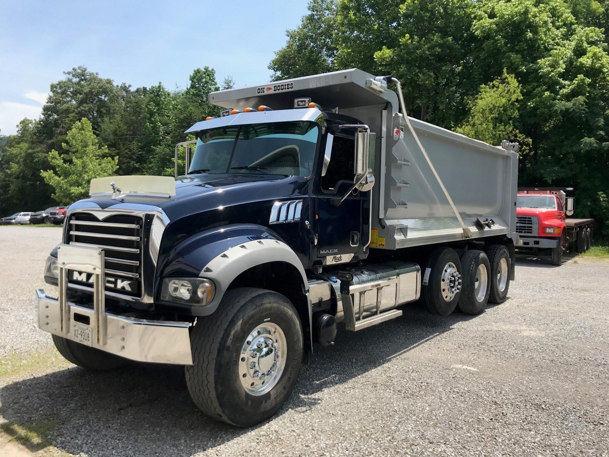 hight resolution of 2012 mack gu713 dump truck
