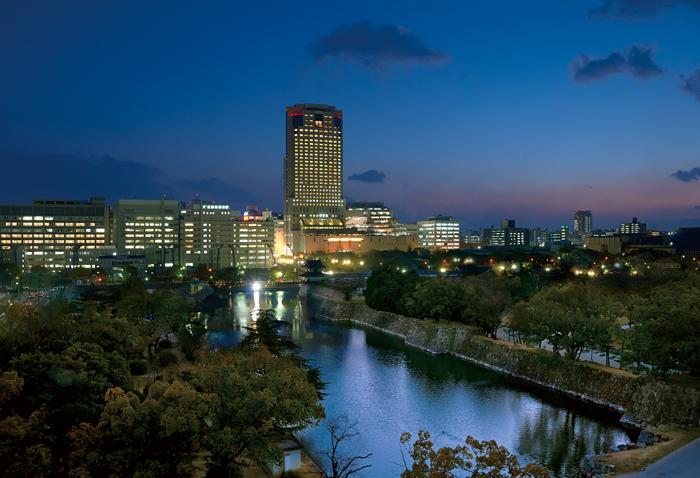 広島市内中心部に位置し、原爆ドームや広島城は徒歩圏内というロケーション