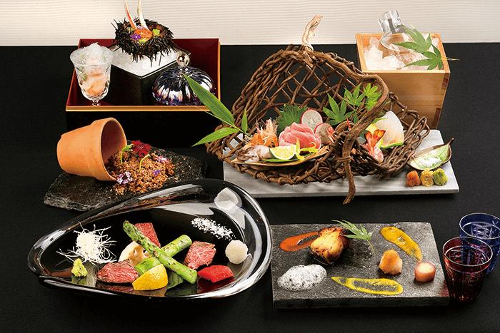 同店の店名を冠したコース「杜若」。価格は1万円、1万5,000円、2万円の3種類。旬の食材を贅沢に使用した料理は、まるで絵画のように優美で繊細
