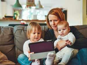 スタンフォード大の研究者、AIが子どもと同じ要領で言語を習得している...