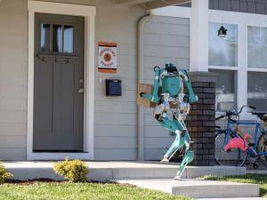 二足歩行ロボット「Digit」販売開始、最初の2体はFordが購入