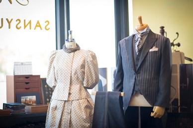 大島紬のドレススーツ等、上品で洗練されたデザインをご提案 レディースの場合は女性デザイナーが対応し、ご夫婦やカップルでオーダーに訪れるお客様も少なくない 各種オーダーはもちろんのこと仕立て直しにも対応してくれるので是非ご相談を