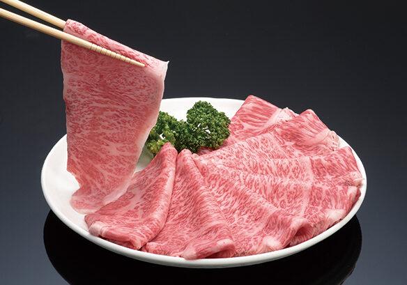 とろけるような松阪肉のしゃぶしゃぶを是非ご賞味あれ 100g 2,160円