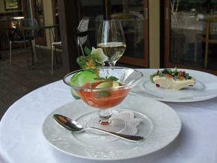 信州の食材を使った料理と信州ワインのマリアージュに酔いしれて欲しい