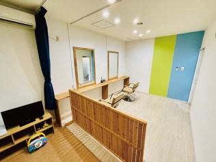 キッズルーム。お子様連れのお母様が安心して施術を受けることができる個室となっている。