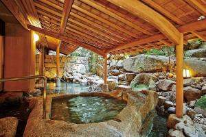 「大和屋」の露天風呂