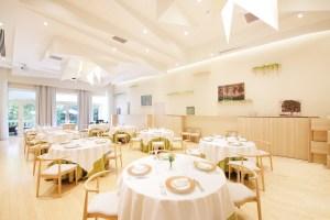 <span>群馬県 / 名門料理店</span><span>CHEZ TAKA TAKASAKI</span>4名以上の個室予約で個室料サービス!<span>事前予約:要</span>
