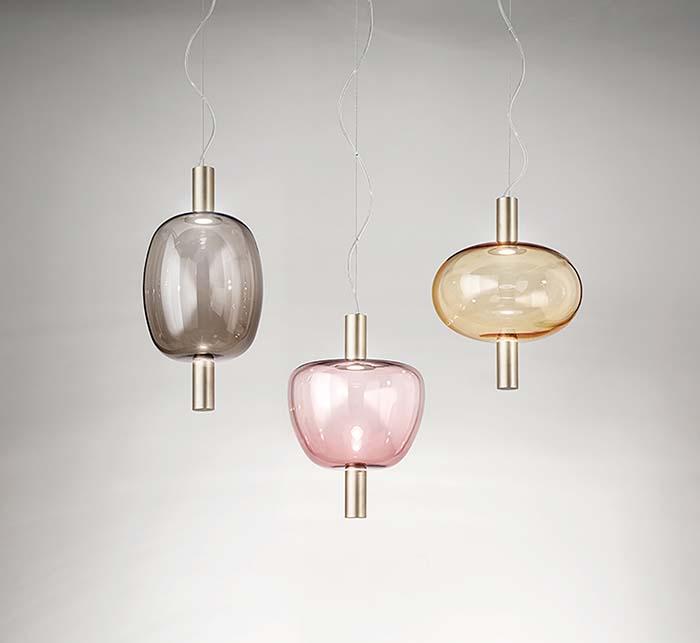 シャボン玉をイメージしてデザインされたヴェネチアンガラスが印象的なRiflesso(リフレッソ)