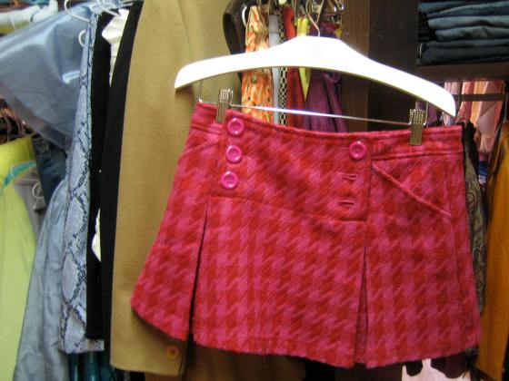 pink and red houndstooth mini skirt