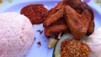 Nasi Ayam Penyet Closeup