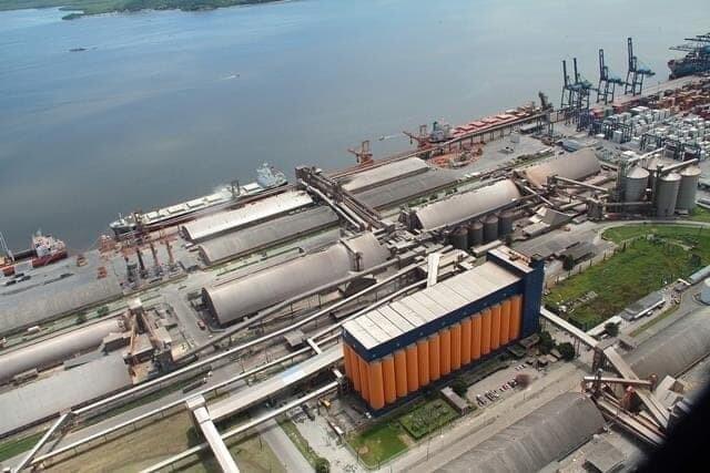 Apesar da crise, Rocha Terminais Portuários e Logística aposta no Porto de Paranaguá 1