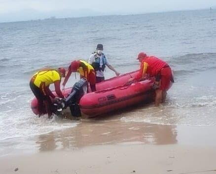 Corpo encontrado no mar permanece sem identificação 1
