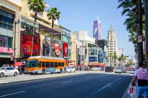 tips for meeting people in LA's busiest street
