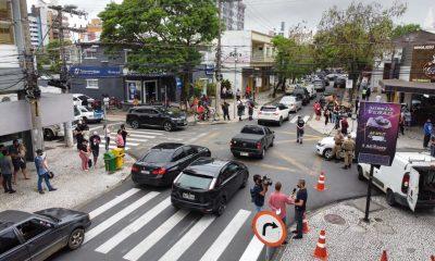 Uma suspeita de participar do roubo foi presa em São Paulo nesta quarta-feira.