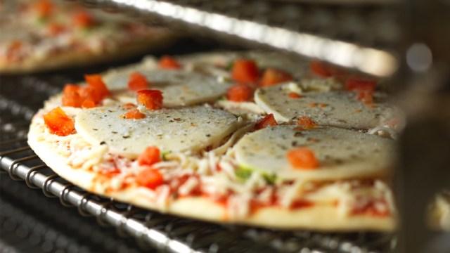 JBT_GC70_freezer_pizza