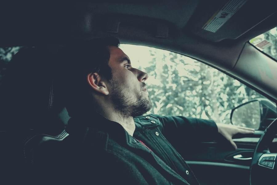 Conducir 🚗 y pensar 🤔