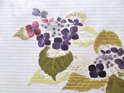 絹糸の絵画「梅雨の花」日本刺繍紅会