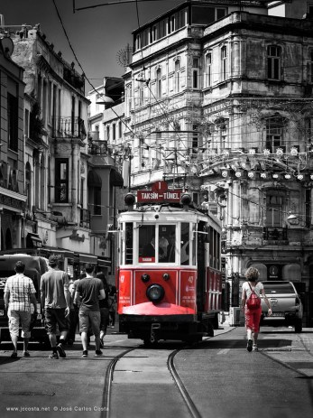 istanbul classic red