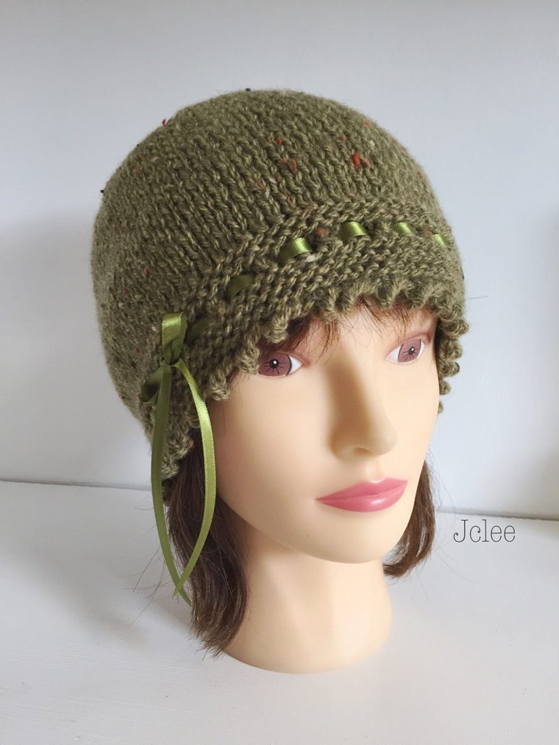0210db4156f Hand Knit Fancy 1920s Style Olive Green Fleck Beanie Hat – JCLH033